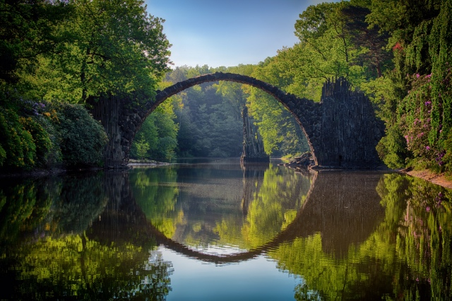 arch-bridge-clouds-814499 (1)